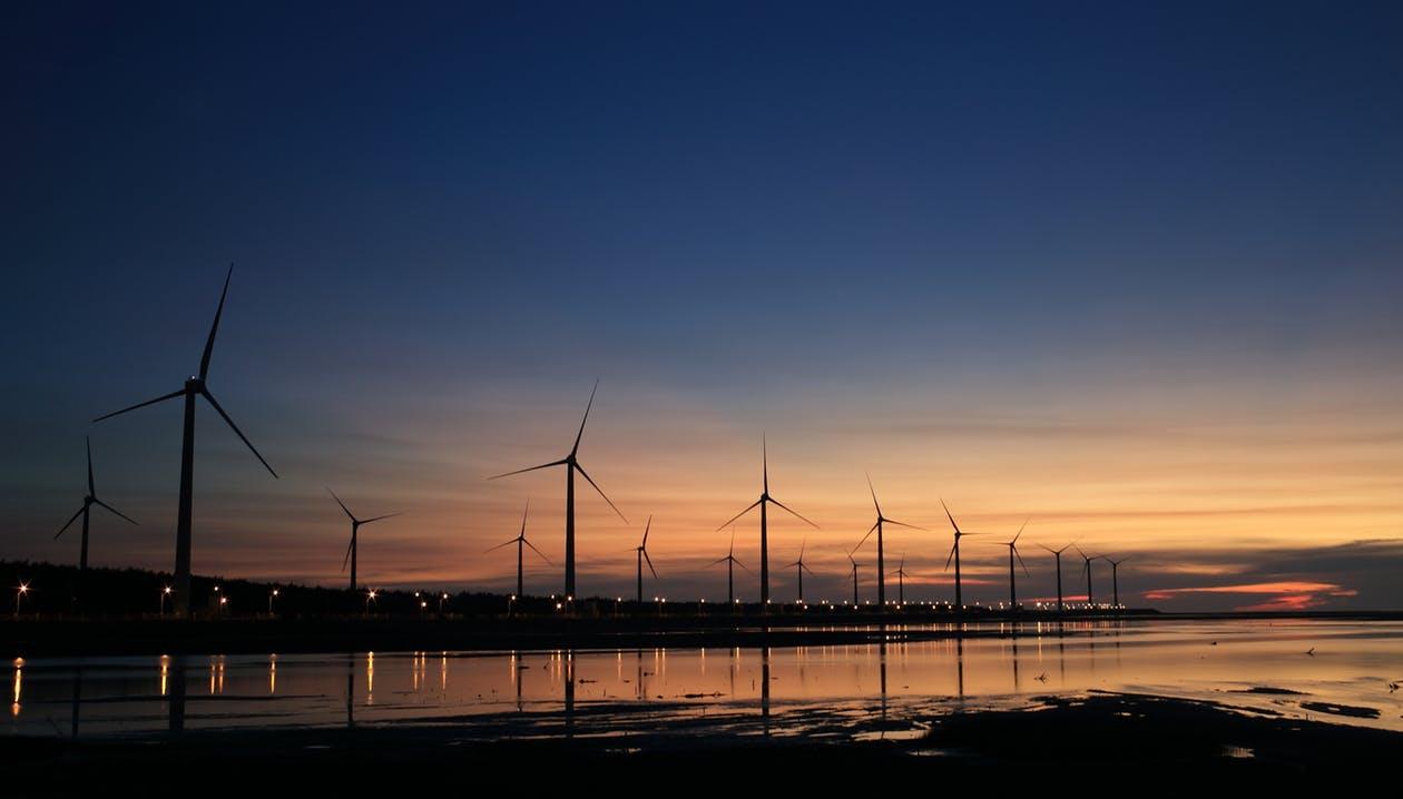 157039_pexels-Windfarm_Image_Flickr