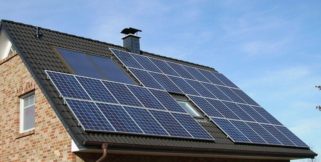 1591358-640_solar-panel-array_House_Pixabay