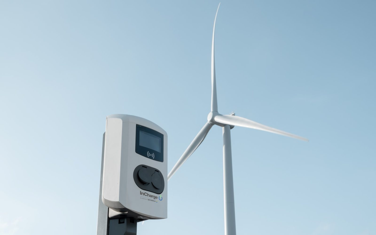 wind-renewables_electric-vehicles_charging_Vattenfall