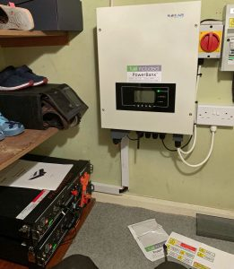 Battery storage for EM in a cupboard